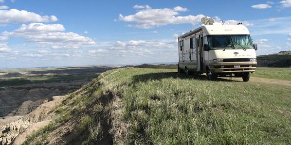 RV Camping - Overlooking Badlands National Park